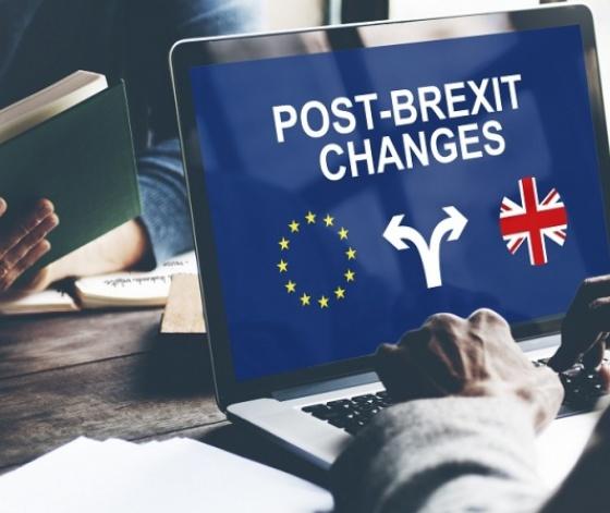 Ordinateur d'étudiant représentant les changements après Brexit